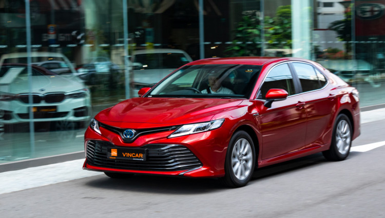 Introducing the Toyota Camry Hybrid Video Thumbnail