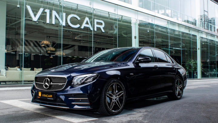 The Mercedes-AMG E53 4Matic+ saloon is the brand's first-ever mild hybrid E sedan.
