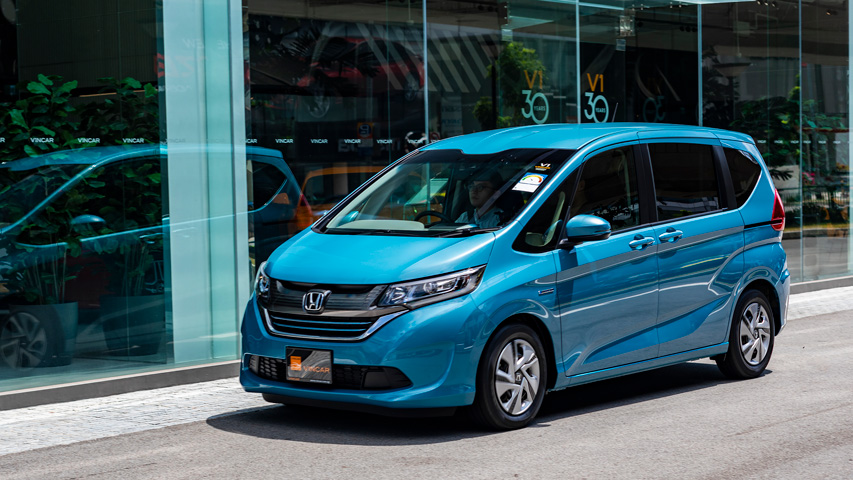 The Honda Freed Hybrid starring in an episode of our Vroom Channel