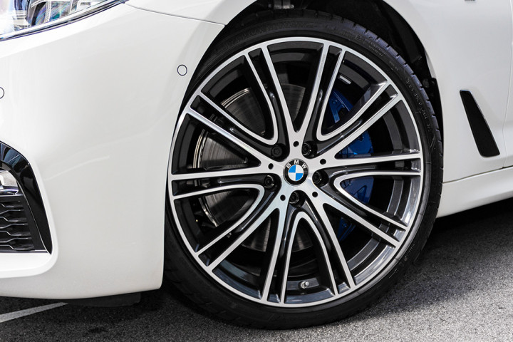 Feature Spotlight: 20? BMW Individual V-spoke Style 759 Alloy Wheels
