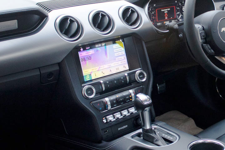 Feature Spotlight: FORD SYNC 3, 8