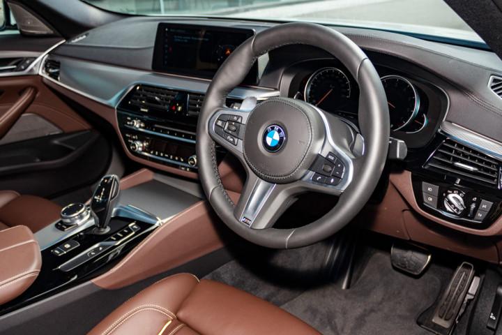 Feature Spotlight: M Sport Multi-Function Leather, Steering Wheel