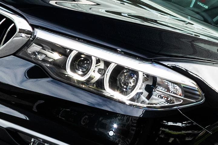 Feature Spotlight: Adaptive LED Headlights