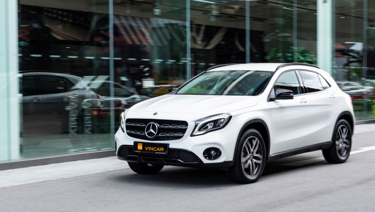 Mercedes-Benz GLA 180 Urban Edition - VINCAR Video Thumbnail