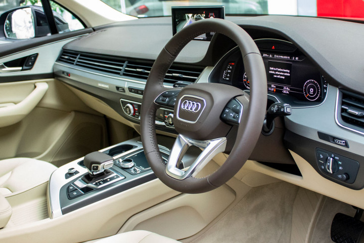 Feature Spotlight: Leather-wrapped steering wheel, 3-spoke, with multi-function Plus and shift paddles