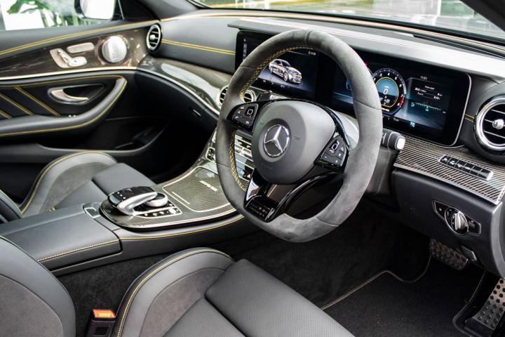 Feature Spotlight: Steering wheel