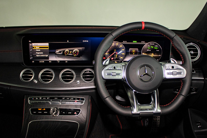 Feature Spotlight: 12.3-inch Widescreen Cockpit