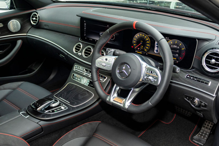 Feature Spotlight: 3-spoke multifunction AMG steering wheel in Nappa leather