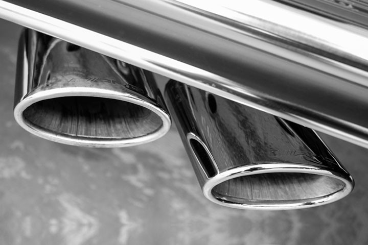 Feature Spotlight: AMG Performance Exhaust System Chrome-Trimmed Twin Tailpipes on Left and Right