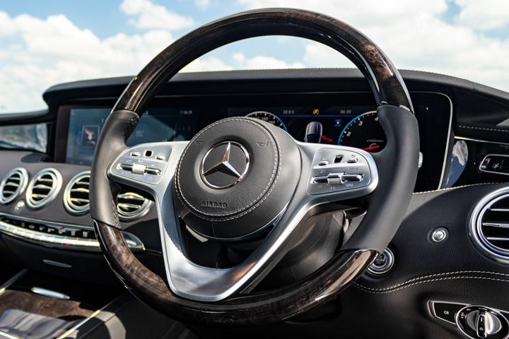 Feature Spotlight: Luxury Steering Wheel