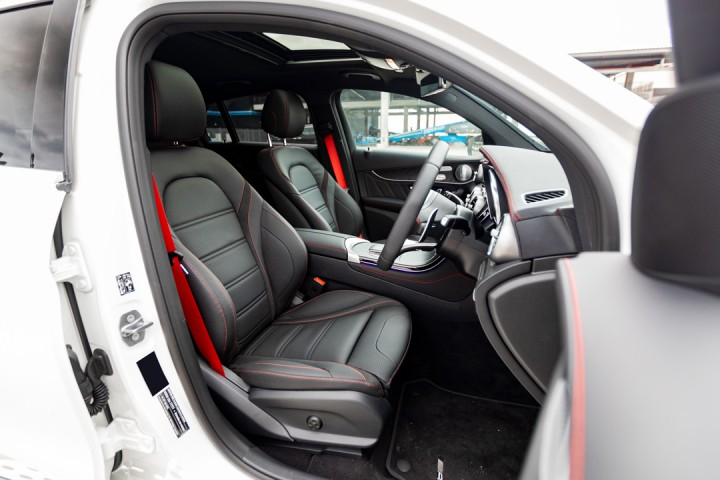 Feature Spotlight: Front Seats Electrically Adjustable With Memory