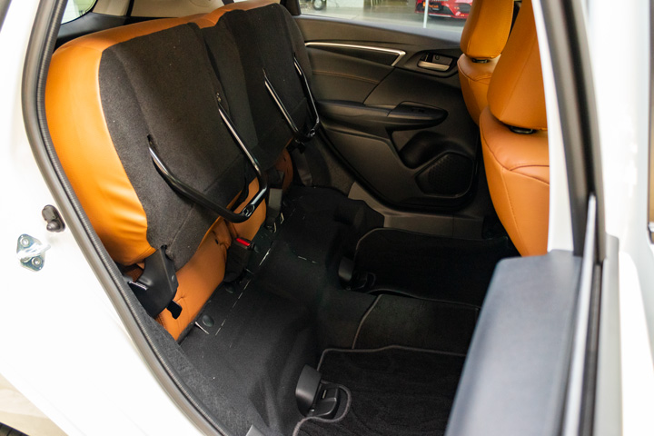 Feature Spotlight: Magic Rear Seats