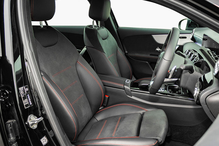 Feature Spotlight: Front Sports Seats With Manual Adjustments