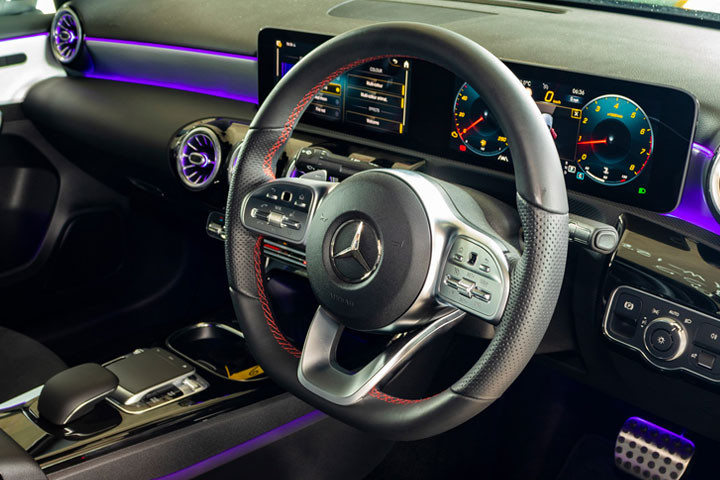 Feature Spotlight: 3-Spoke Leather With Flattened Bottom Section Steering Wheel With Multifunction Control