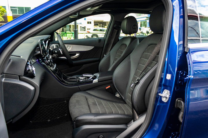 Feature Spotlight: AMG Sports Front Seats Electrically Adjustable With Memory Package