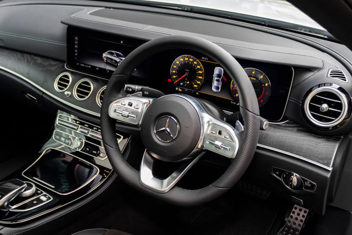 Feature Spotlight: 3-Spoke Multifunction Steering Wheel In Black Nappa Leather