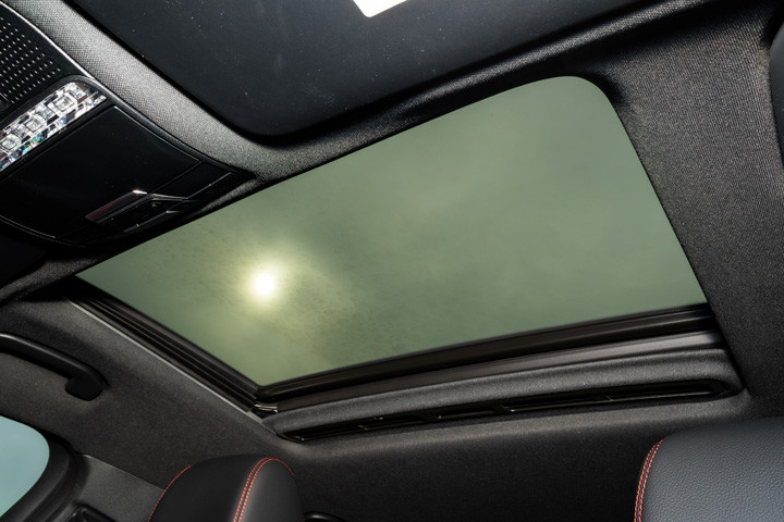 Feature Spotlight: Electric Glass Sunroof