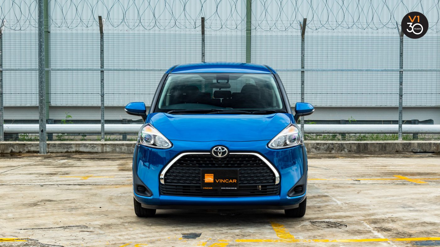 Toyota Sienta 1.5 G - Compact MPV