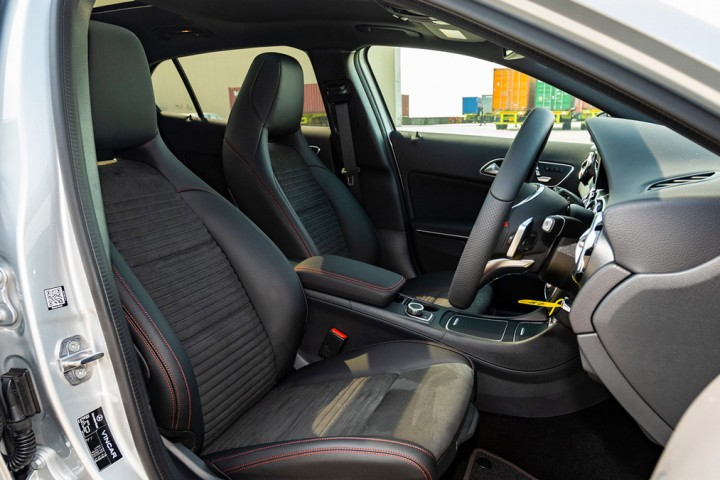 Feature Spotlight: Electrically-adjustable front memory seats with four-way lumbar support