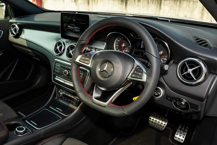 Feature Spotlight: 3-Spoke Multifunction AMG Steering Wheel In Black Nappa Leather
