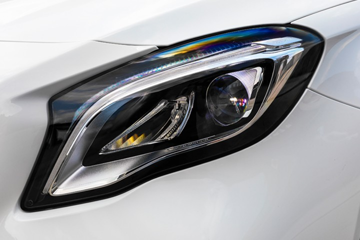Feature Spotlight: LED high-performance headlamps