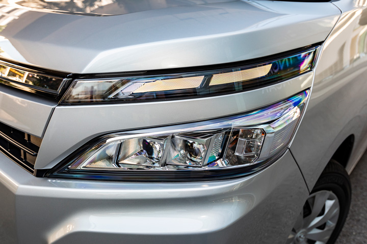 Feature Spotlight: LED Headlights