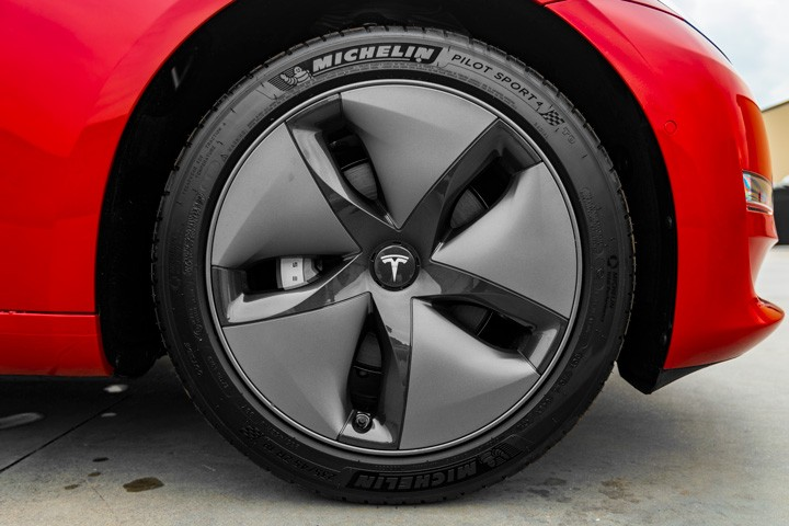 Feature Spotlight: 18-inch Aero Wheels