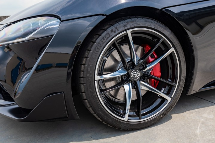 "Feature Spotlight: 19"" Black & Silver Forged Alloys (5-double-spoke)"