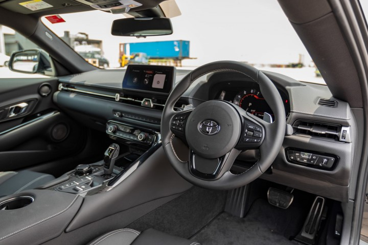 Feature Spotlight: Multifunction steering wheel