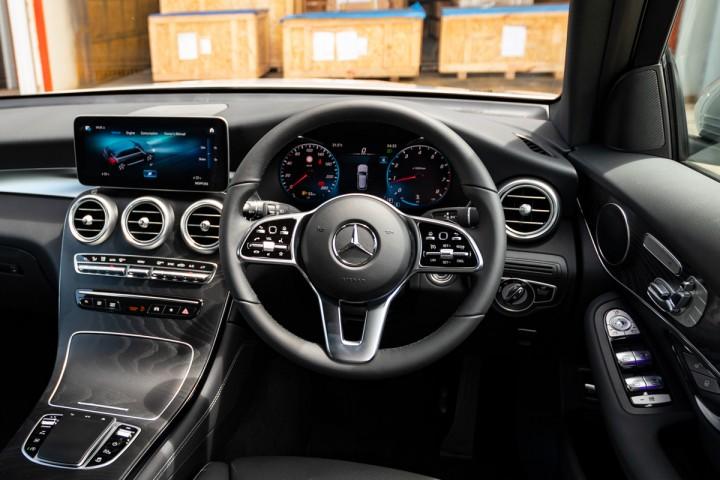 Feature Spotlight: Steering wheel in leather