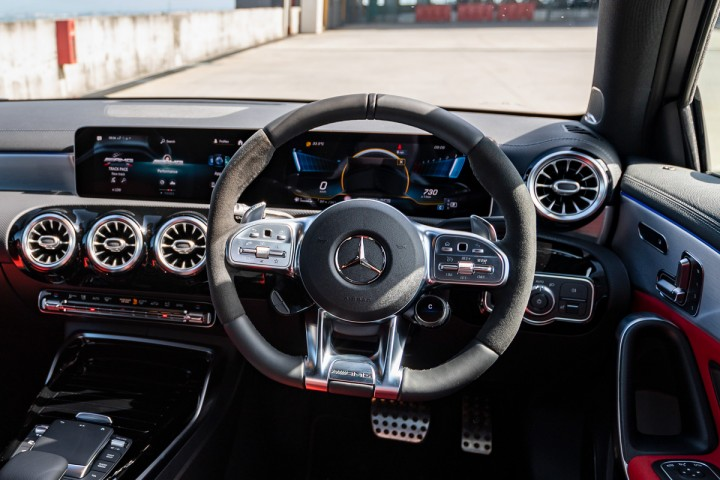 Feature Spotlight: AMG Performance multifunction steering wheel