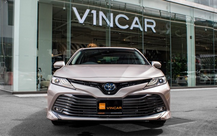 Featured image Toyota Camry Hybrid G