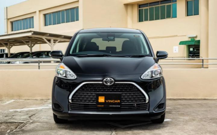 Featured image Toyota Sienta 1.5G