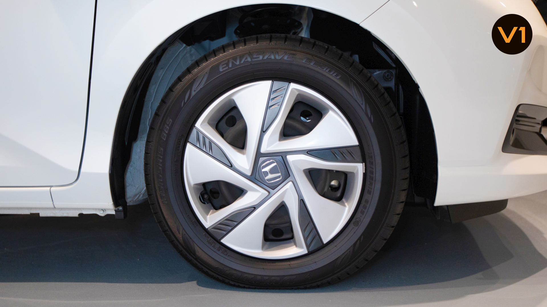 2020 Honda Freed 1.5G Hybrid Sensing (FL2020) - Wheels