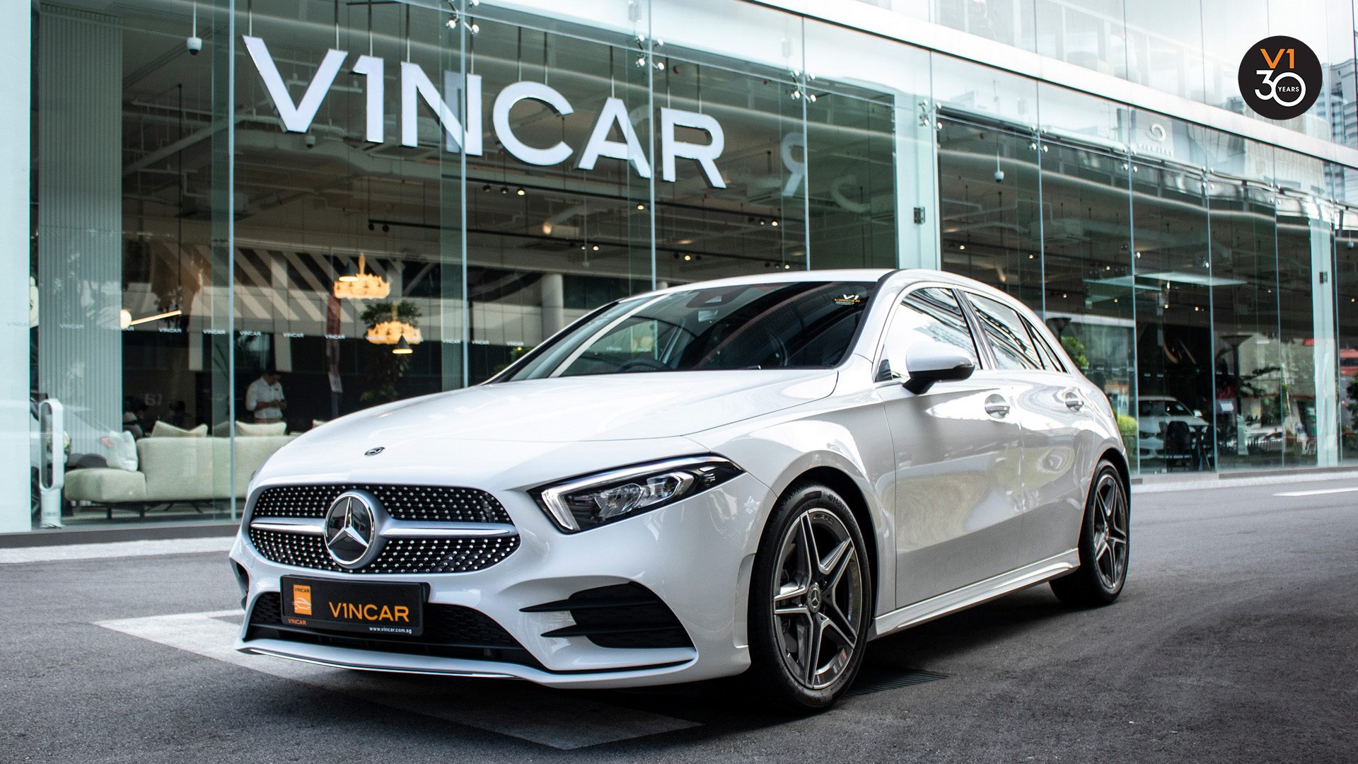 2020 Mercedes A200 AMG Line - Front Angle