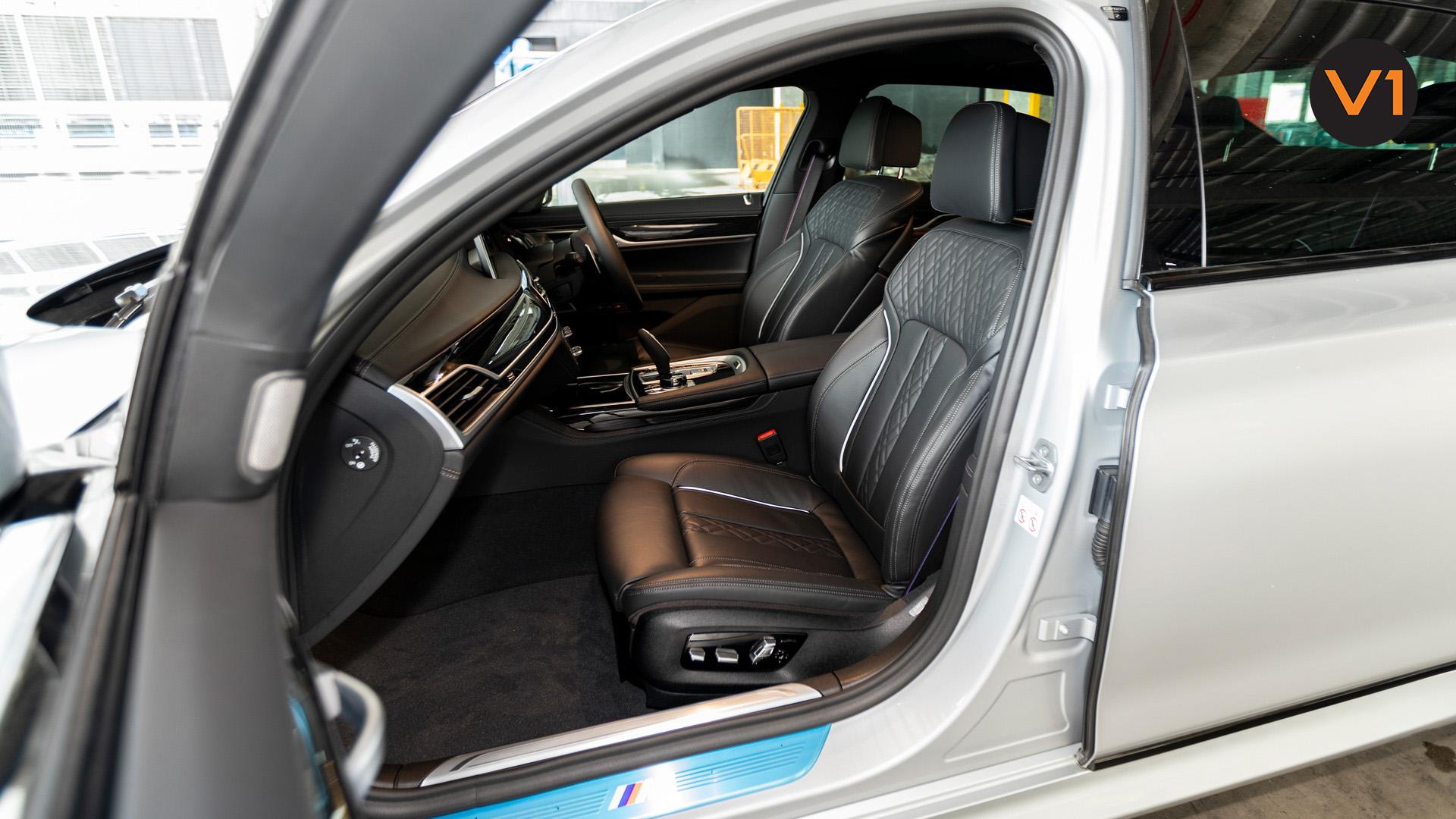 BMW 740LI M Sport Saloon - Front Passenger Seat