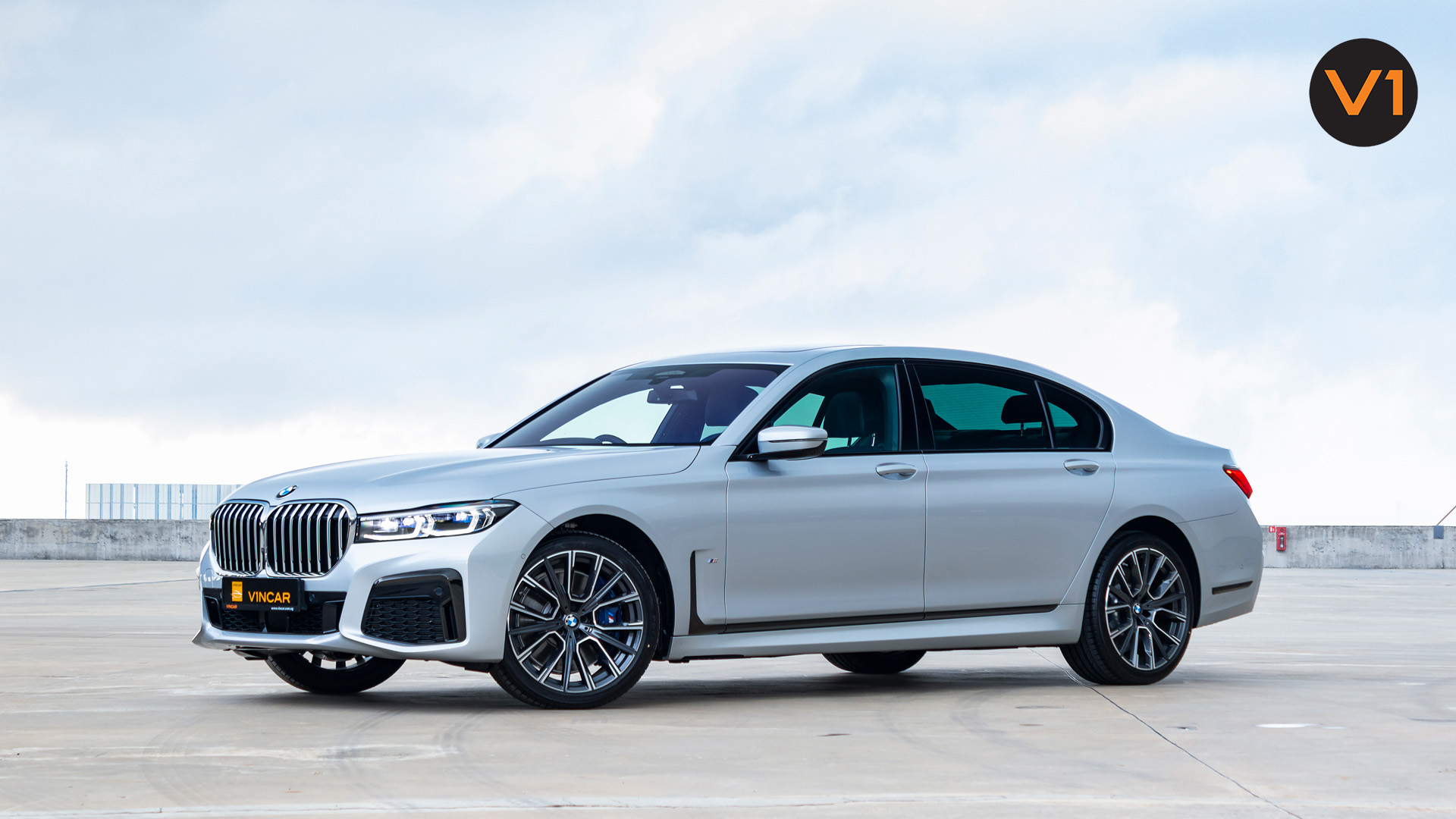 BMW 740LI M Sport Saloon - Side Profile