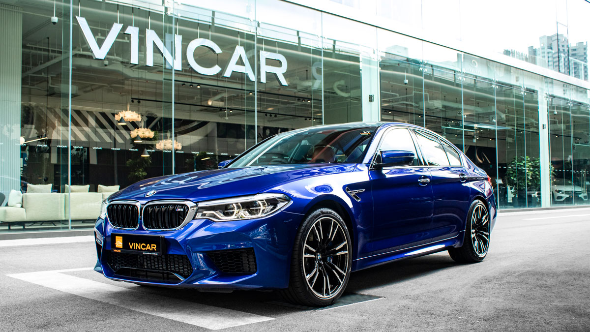 BMW M5 Saloon Competition - Side Profile