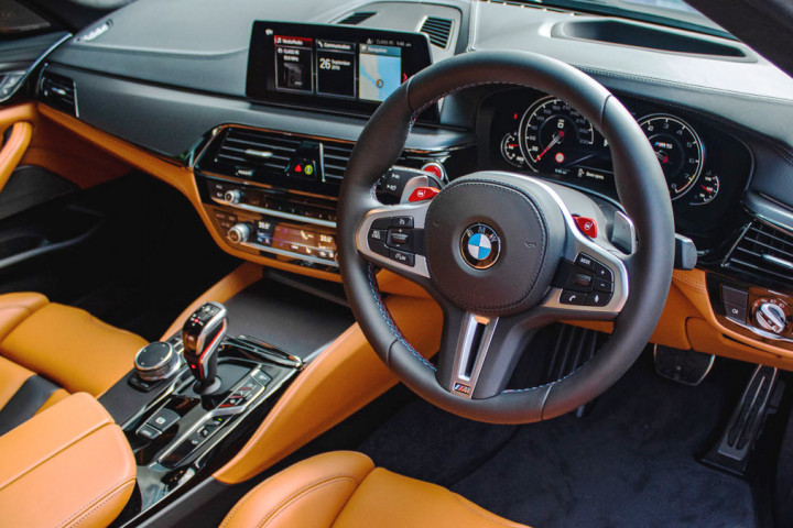 BMW M5 Saloon Competition - Steering Wheel