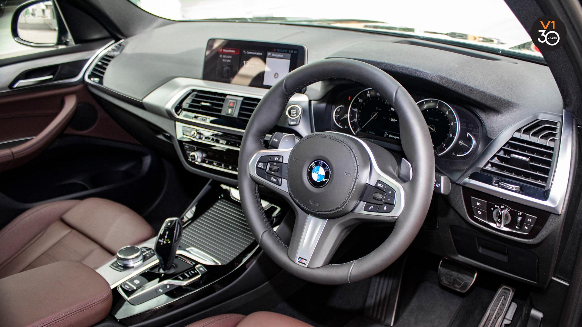 BMW X3 XDrive 2.0I M Sport - Steering Wheel