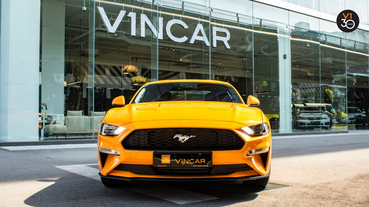 Ford Mustang 2.3 Ecoboost Fastback - Front