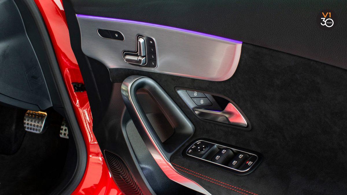 Mercedes A200 AMG Premium Plus - Front Armrest Interior