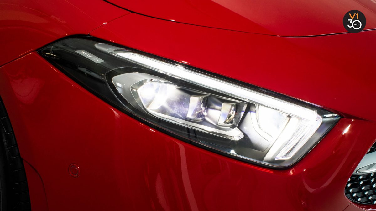 Mercedes A200 AMG Premium Plus - Headlamp
