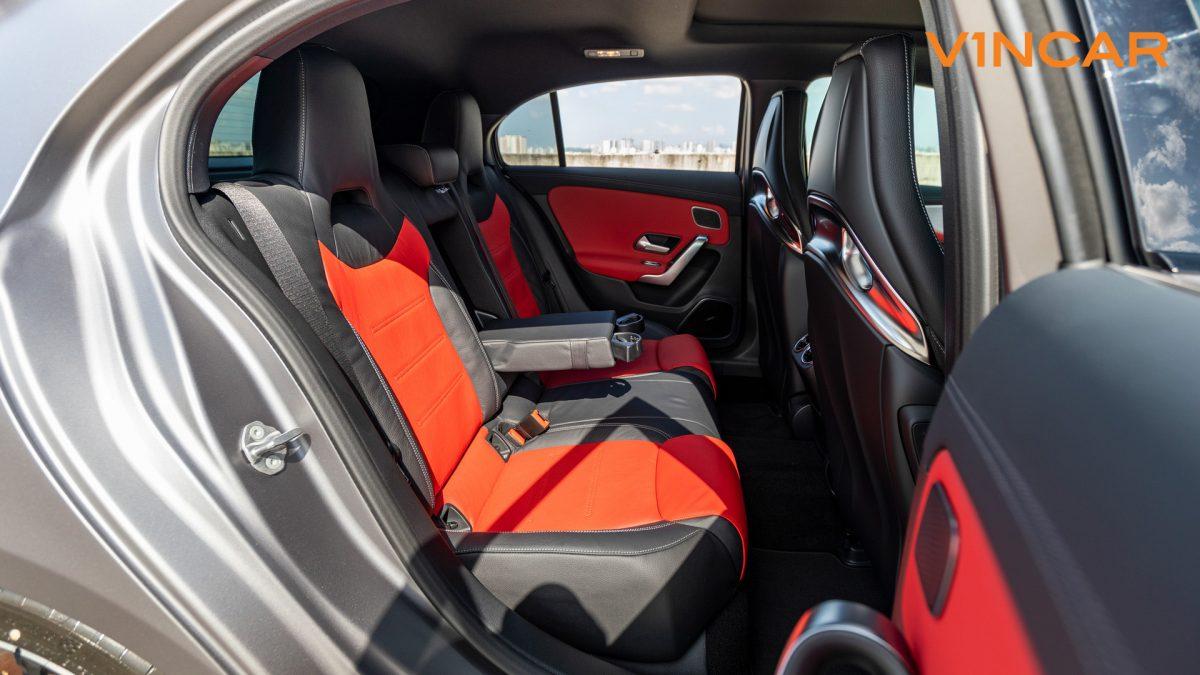 Mercedes A45 S 4MATIC+ Plus AMG - Back Seats