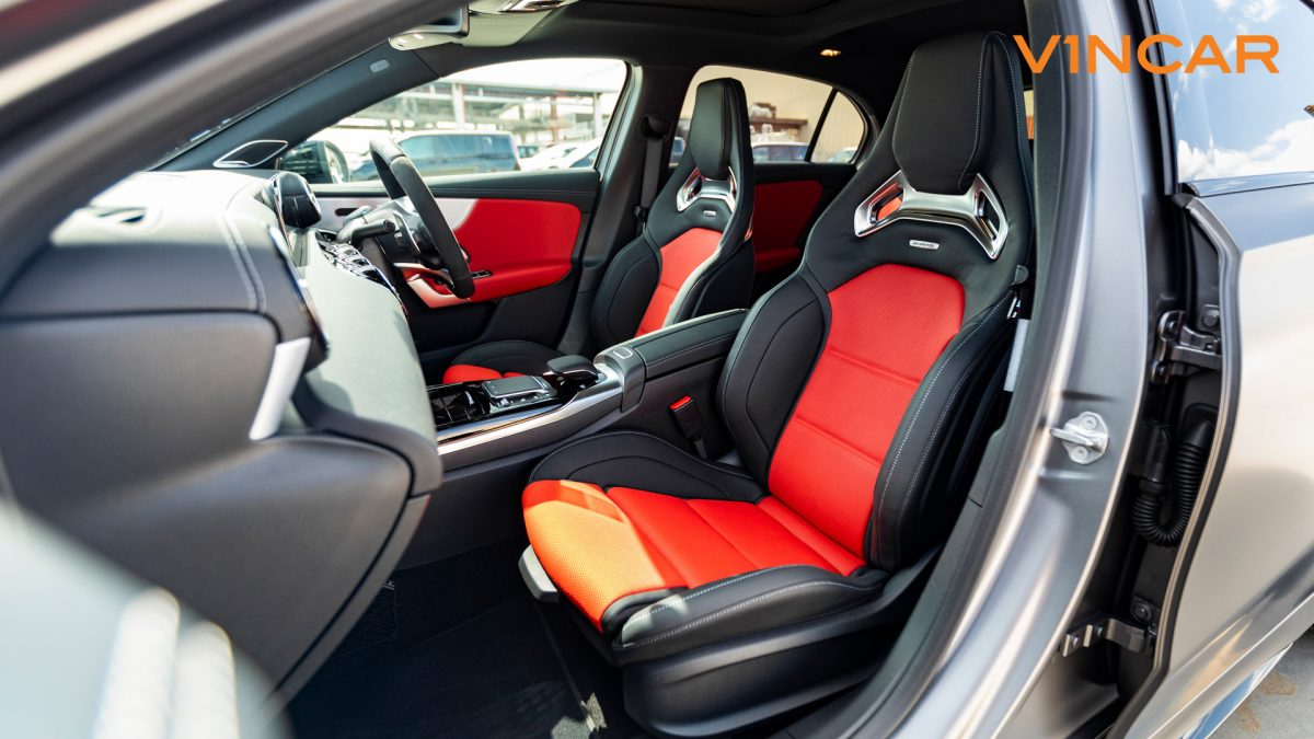 Mercedes A45 S 4MATIC+ Plus AMG - Driver Seat