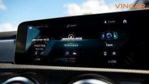 Mercedes A45 S 4MATIC+ Plus AMG - Touchscreen