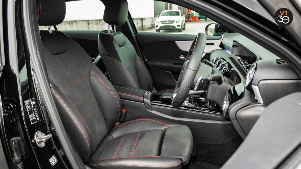Mercedes-Benz A200 Saloon AMG Premium - Driver Seat