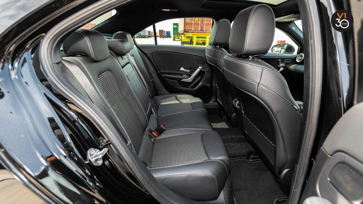 Mercedes-Benz A200 Saloon Sport Premium Plus - Passenger Seat