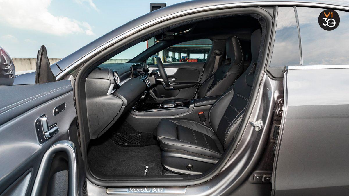 Mercedes-Benz CLA200 Coupe AMG Premium Plus - Front Seat