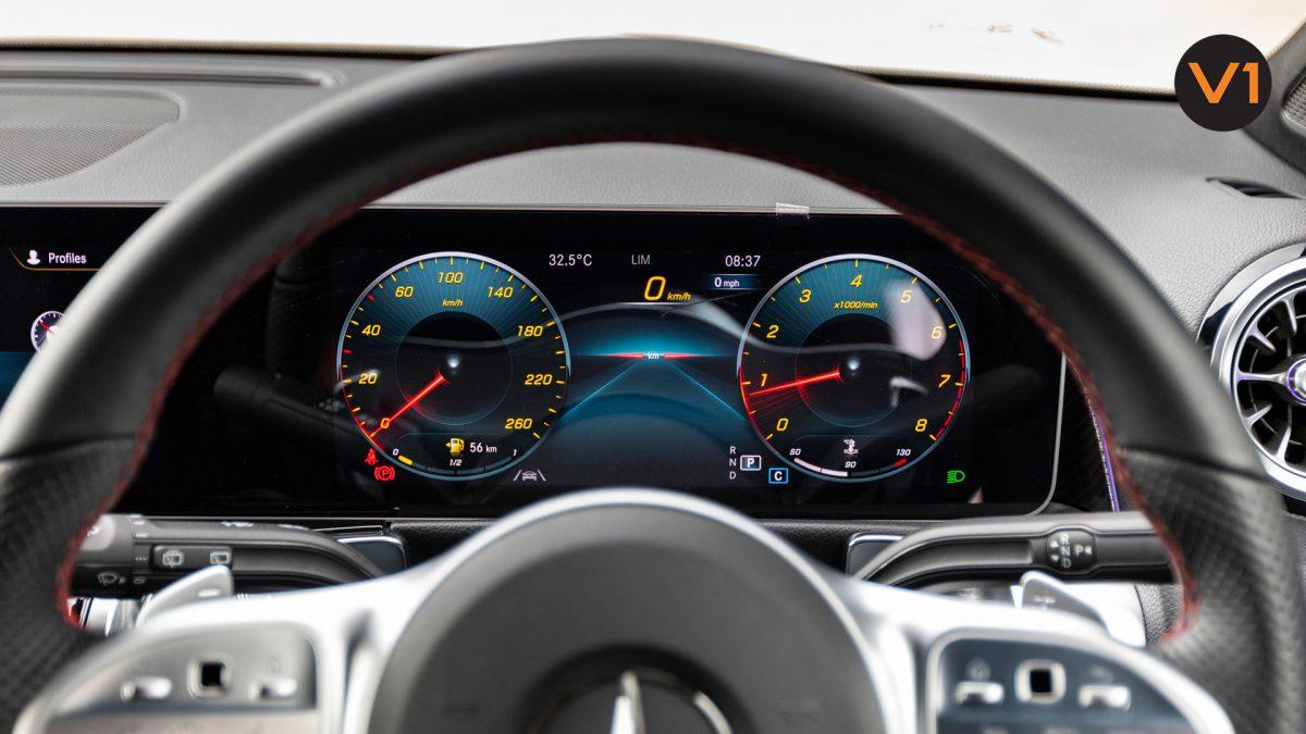 Mercedes-Benz GLB200 AMG Line Premium - Infotainment